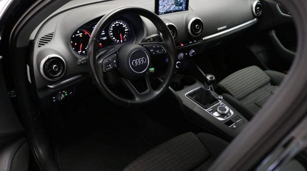 occasions Audi A3 Sportback 1.6 TDI 110 PK Sport Lease Edition (NK-570-F)