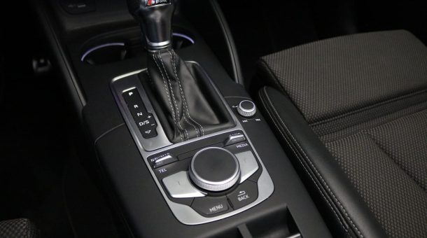 occasions Audi A3 Cabriolet 1.5 TFSI 150 PK S-tronic, S-Line Edition (RD-213-L)