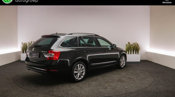 skoda OCTAVIA COMBI 1.0 TSI Greentech Business Edition